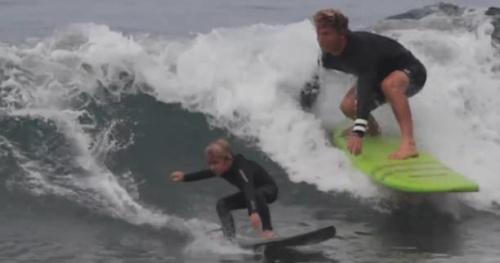 Surf - Vidéo : l'apprentissage du surf en famille entre Yadin Nicol et son fils