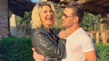 """Eduardo Costa compartilha clique beijando Antonia Fontenelle: """"Simplesmente demais"""""""
