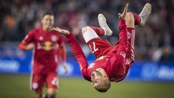 Red Bulls storm into final four of MLS playoffs