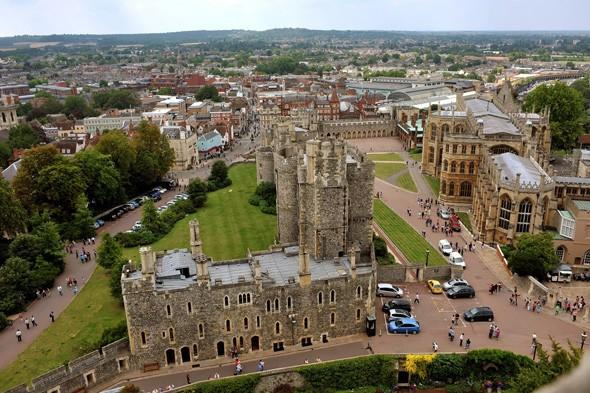 Windsor and Maidenhead came third with a total income tax bill of £10,200 per person.