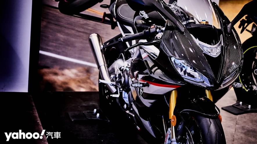 唯一官方認可道路化廠車!Triumph Daytona Moto2 765 Limited Edition實車鑑賞! - 2