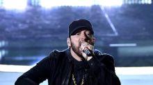 Fans trauen ihren Augen nicht: Eminems Überraschungsauftritt bei den Oscars