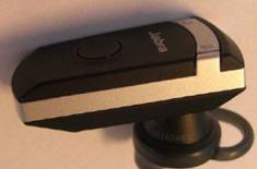 Jabra's BT8040 Bluetooth headset syncs to multiple devices
