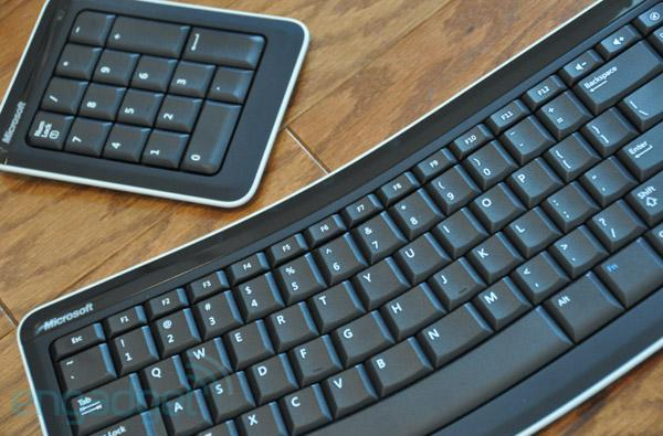 Microsoft Bluetooth Mobile Keyboard 6000: the perfect travel keyboard?