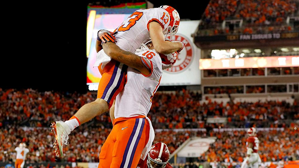 Clemson players enjoy one more college moment before 2017 NFL Draft