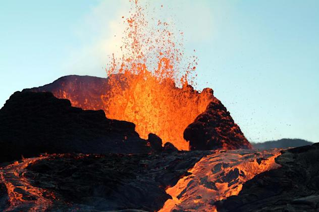 First 3D map of Earth's interior shows where volcanoes come from