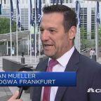 Deutsche Bank announces massive job cuts as pressure mounts on the firm's executives