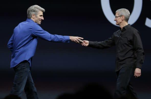 Tim Cook, Jony Ive and Craig Federighi chat with Bloomberg Businessweek