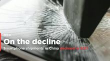 Annual smartphone shipments in China declined for the first time in 2017