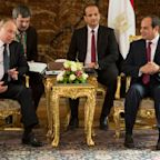 SitRep: Putin Lands in Syria, Talks Defense Deals With Egypt