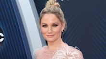 Jennifer Nettles Doesn't Just Want Equal Pay in Country Music—She Wants Equal Play