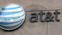 AT&T reports disappointing income from its wireless business
