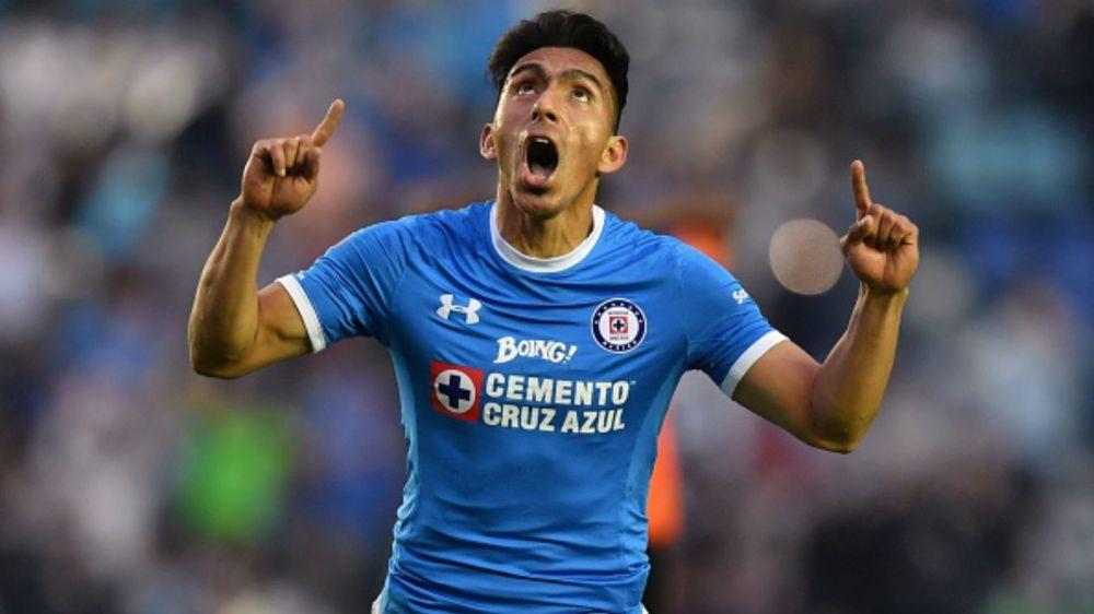 Ángel Mena está listo para volver con Cruz Azul