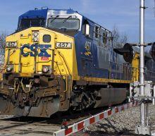 CSX 1Q profit dips 8% but railroad sees economy growing