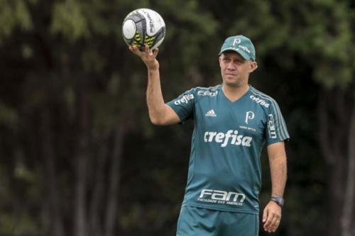 Eduardo Baptista espera por Guerra e quer repetir time no Palmeiras