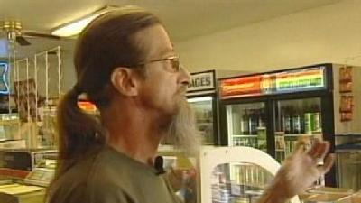 Clerk Says He Distracted Robber Before Shooting Him