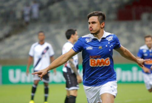 Willian se junta a Fabiano e vira o novo reforço do Palmeiras para a temporada