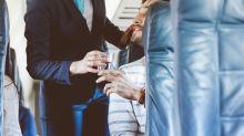 Studie enthüllt: So dreckig ist das Trinkwasser im Flugzeug