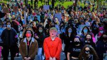 Etats-Unis : des milliers de femmes manifestent contre Donald Trump aux Etats-Unis