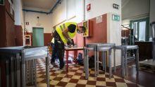 """Scuola, gli ortopedici: """"Nuovi banchi inadeguati, salute a rischio"""""""