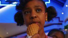 Stranger Things | Erica deve retornar na quarta temporada como personagem fixo