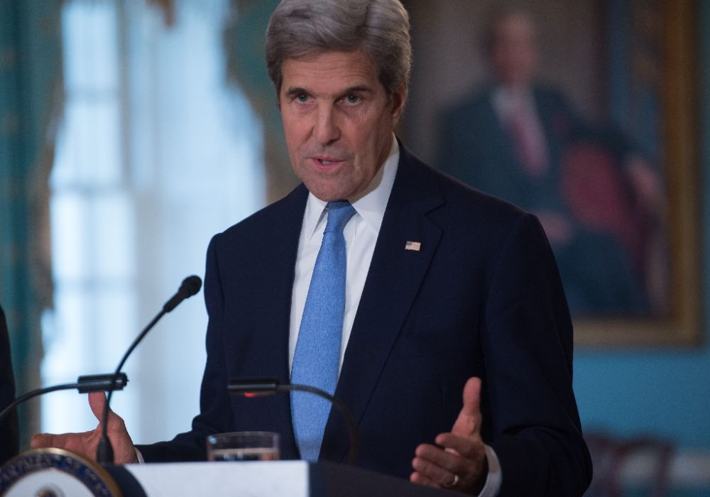 """""""The UnitedStates continues to place high value on the close ties that exist between our countries,"""" US Secretary of State John Kerry said during a swearing-in ceremony for the new US ambassador to Manila"""