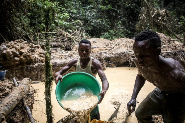 DR Congo, mineral-rich and dirt-poor