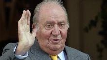 """Juan Carlos: """"Lascio la Spagna"""". Colpa delle inchieste sui presunti fondi in paradisi fiscali"""