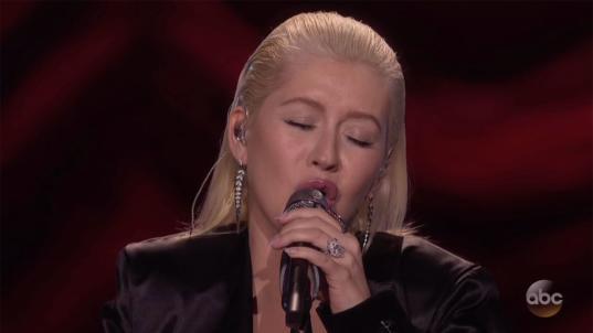 Aguilera's Houstontribute draws mixed reviews at AMAs