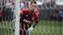 Na área com Nicola – Entenda a situação dos três goleiros que interessam ao São Paulo