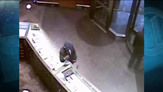 How this Man Stole $100,000 in Jewelry from Tiffany`s