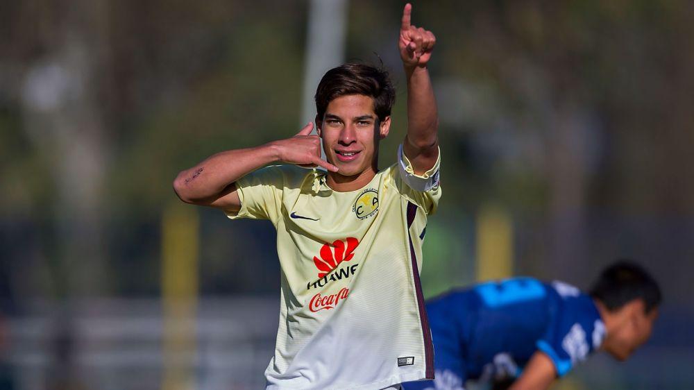VIDÉO - Diego Lainez, le Messi mexicain