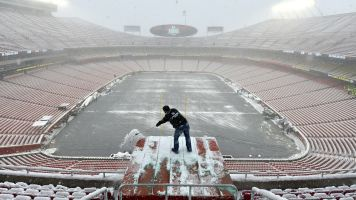 Surprise: Chiefs re-sod field for AFC title game