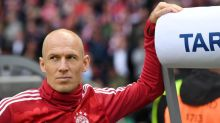 Soccer-Robben quits as injuries derail comeback at Groningen