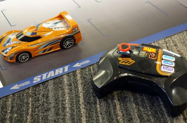 Hot Wheels AI is the love child of slot cars and Roomba