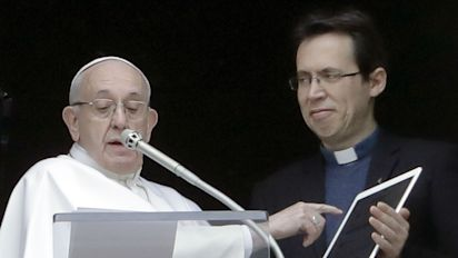Papa lança perfil em app para fiéis rezarem com ele