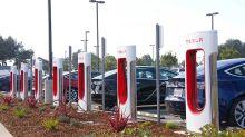Choppy Year Ahead For Tesla Stock As High-Priced Model 3 Demand Wanes