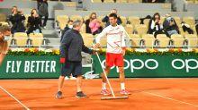 Bei Regenfarce - Djokovic glänzt mit Fairplay-Aktion