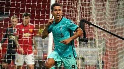Em dose dupla, Firmino acaba com jejum e mantém Liverpool vivo pela Champions League