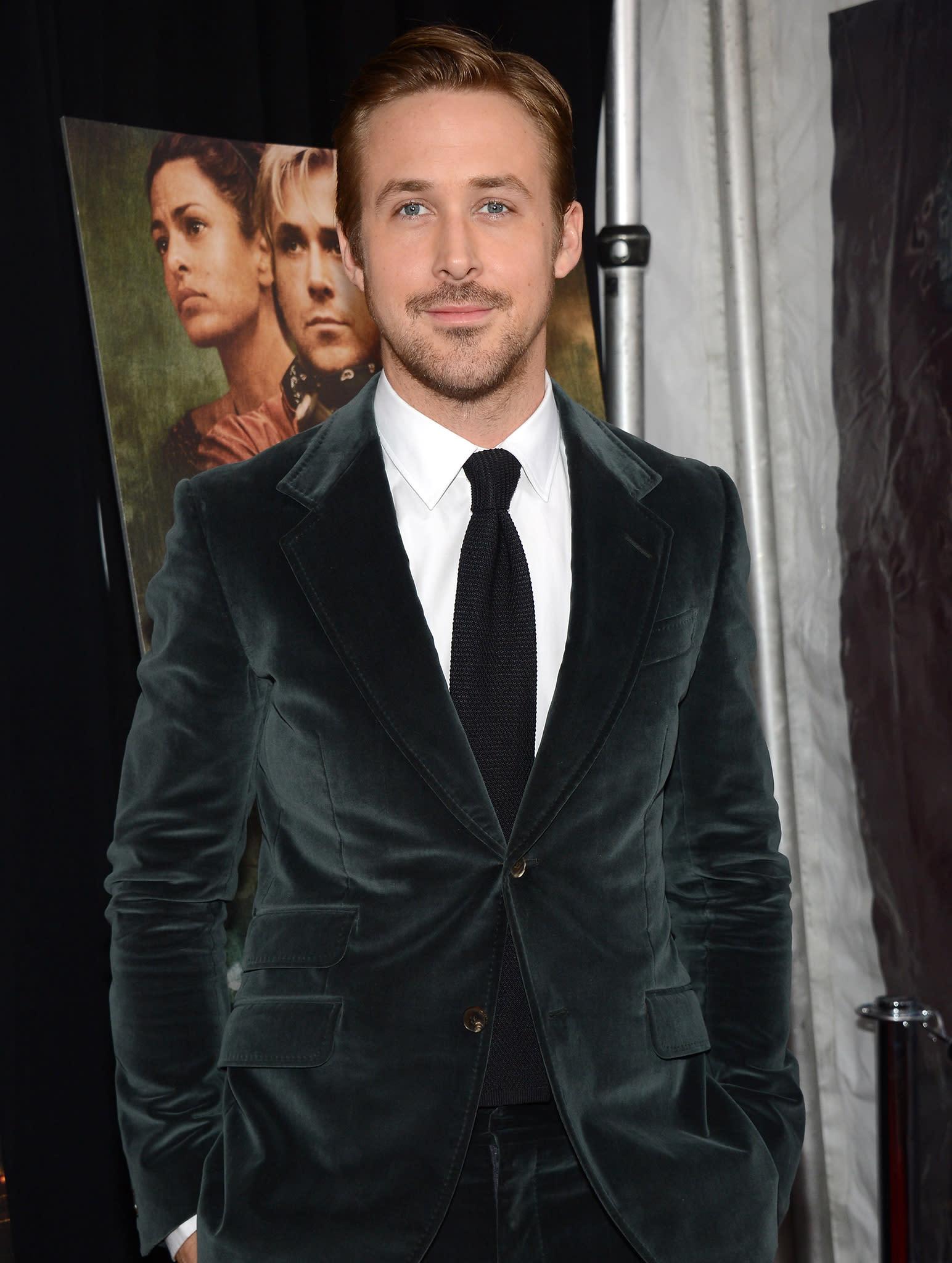 Watch Ryan Gosling saves journalist's life video