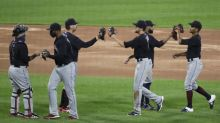 DeShields leads Indians over White Sox 5-4 in 10 innings