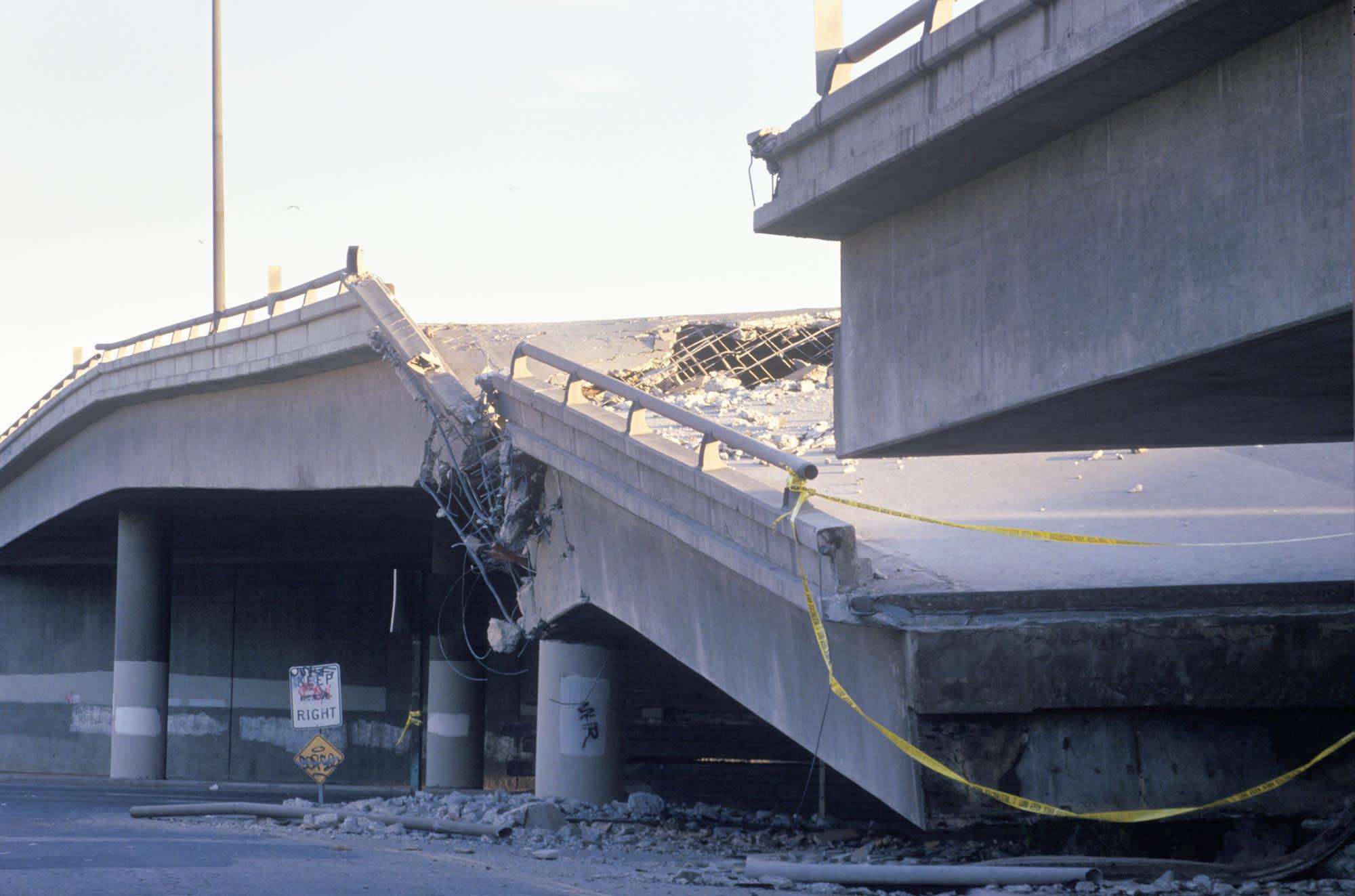 engineering connections earthquake bridge - HD2000×1323