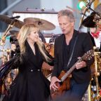 Fleetwood Mac and Lindsey Buckingham settle lawsuit following dismissal from band