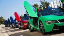 18 Unikate – Übergabe der letzten BMW i8 an neue Eigentümer