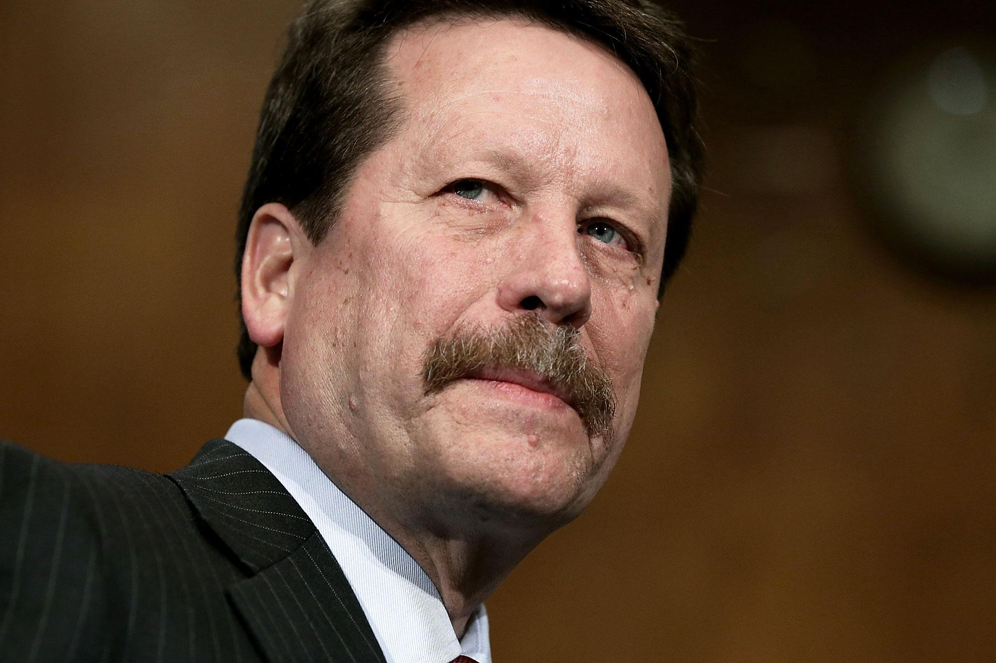 Former FDA commissioner Robert Califf is in talks with Google's life sciences arm Verily for a leadership role.