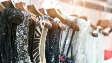 2 Iconic Canadian Clothing Stocks for Millennial Investors