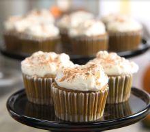 Best Bites: Traditional Thanksgiving pumpkin pie cupcakes