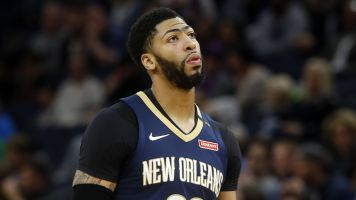 Anthony Davis could miss even more time