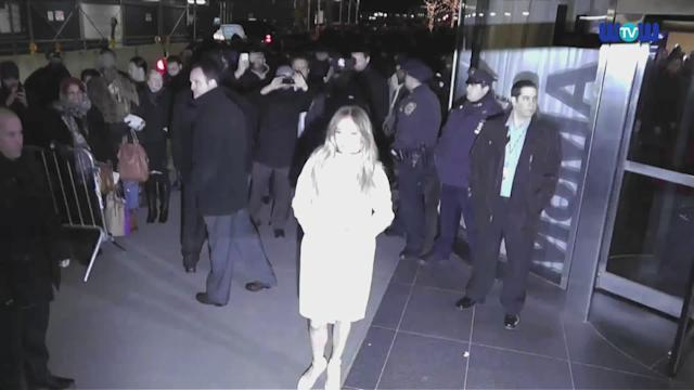 WOWtv - Jennifer Lopez Looks All White After Meeting Her Ex Marc Anthony