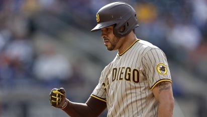 Padres OF says fans taunt him about stabbing
